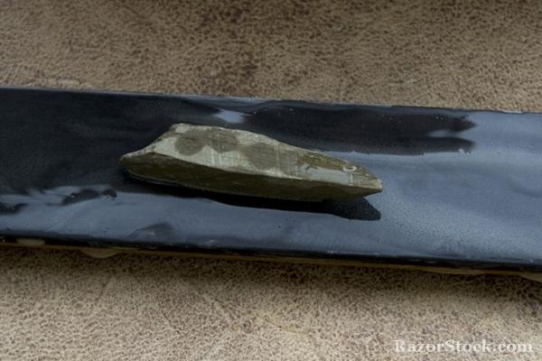 Футляр + камень + ремень для правки (3 в 1)